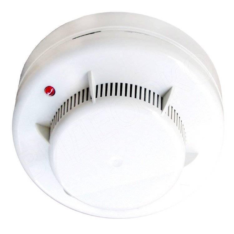 Как снять датчик пожарной сигнализации с потолка?