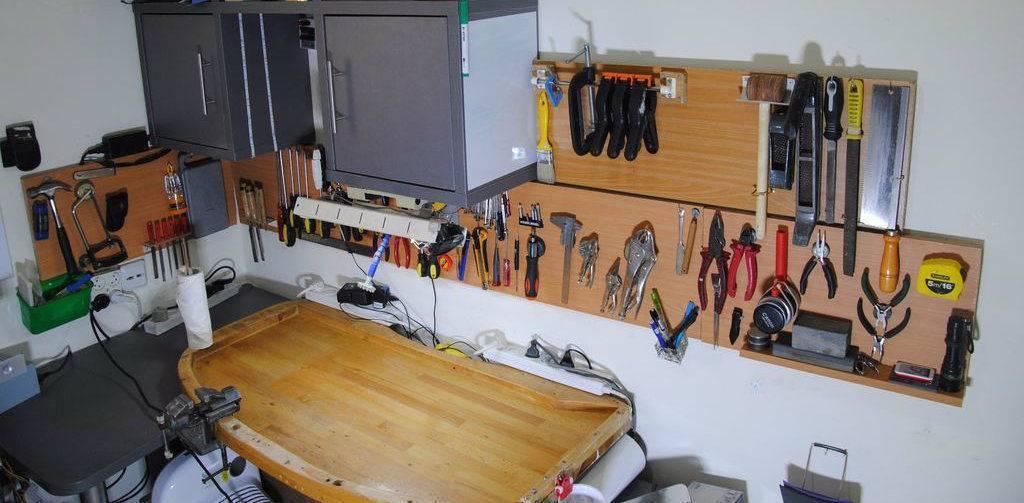 Приспособления для гаража своими руками - о строительстве и ремонте простыми словами