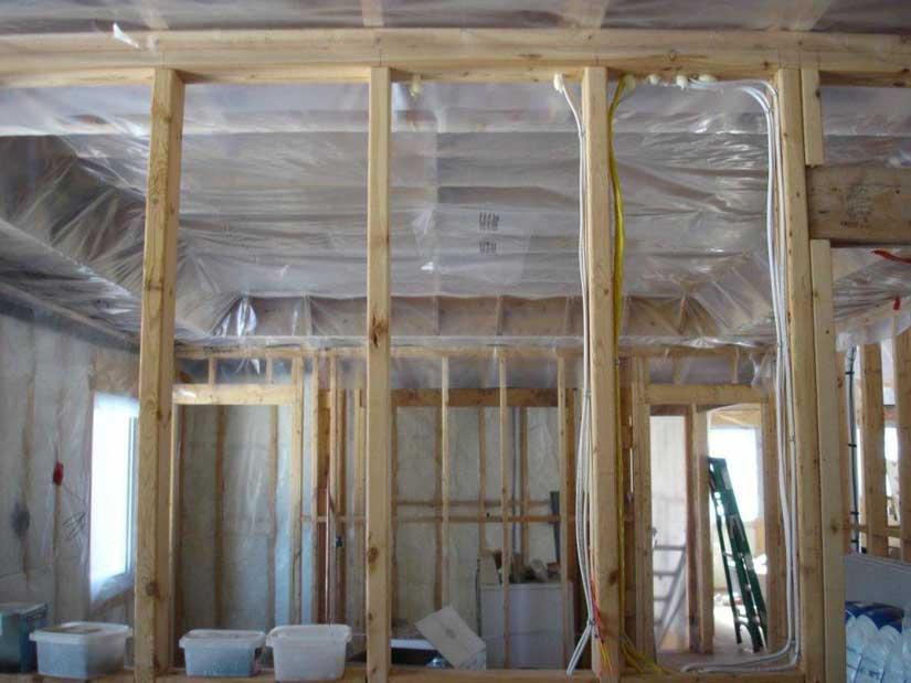 Как обшить стены гипсокартоном: варианты отделки – каркас или клей, технология
