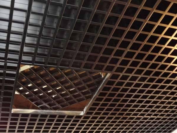 Потолок грильято цена | ячеистый потолок грильято