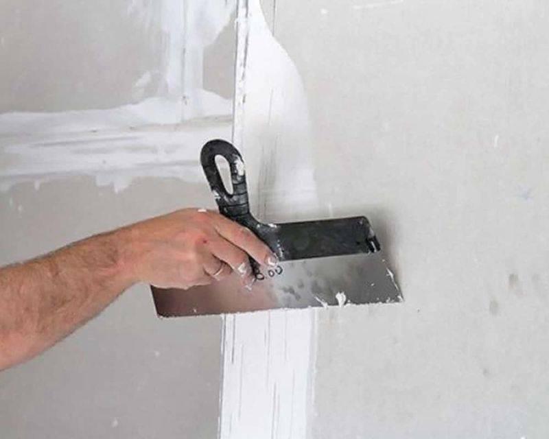 Как шпаклевать потолок из гипсокартона: пошаговая инструкция