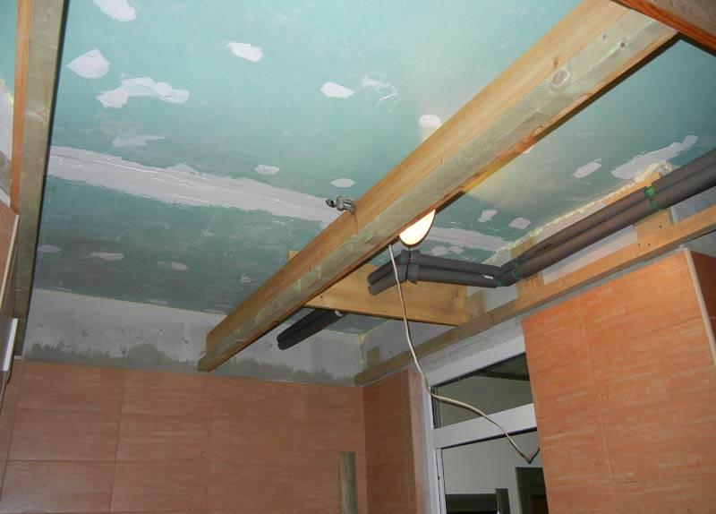 Как правильно подшить потолок гипсокартоном на деревянном потолке видео