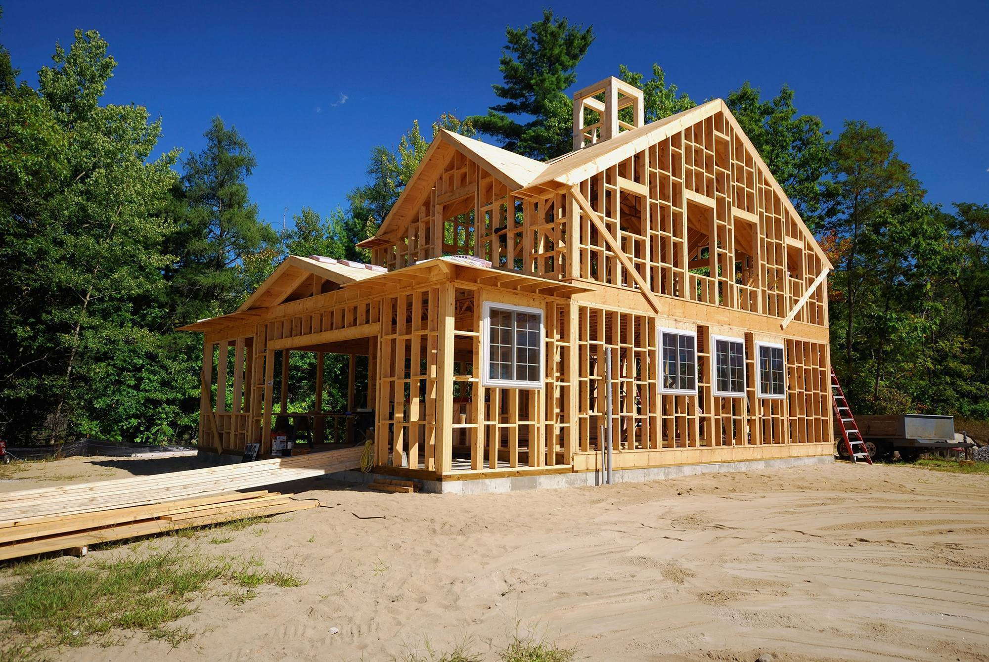 Сколько стоит каркасный дом построить?