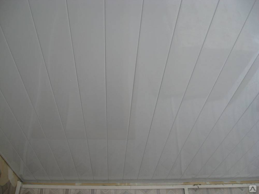 Монтаж реечного потолка своими руками – инструкция