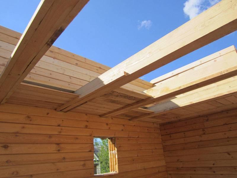 Как сделать потолок в частном деревянном доме и отделка своими руками