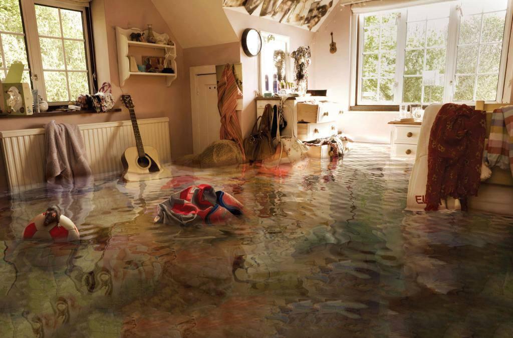 Затопили соседи сверху: что делать для возмещения ущерба