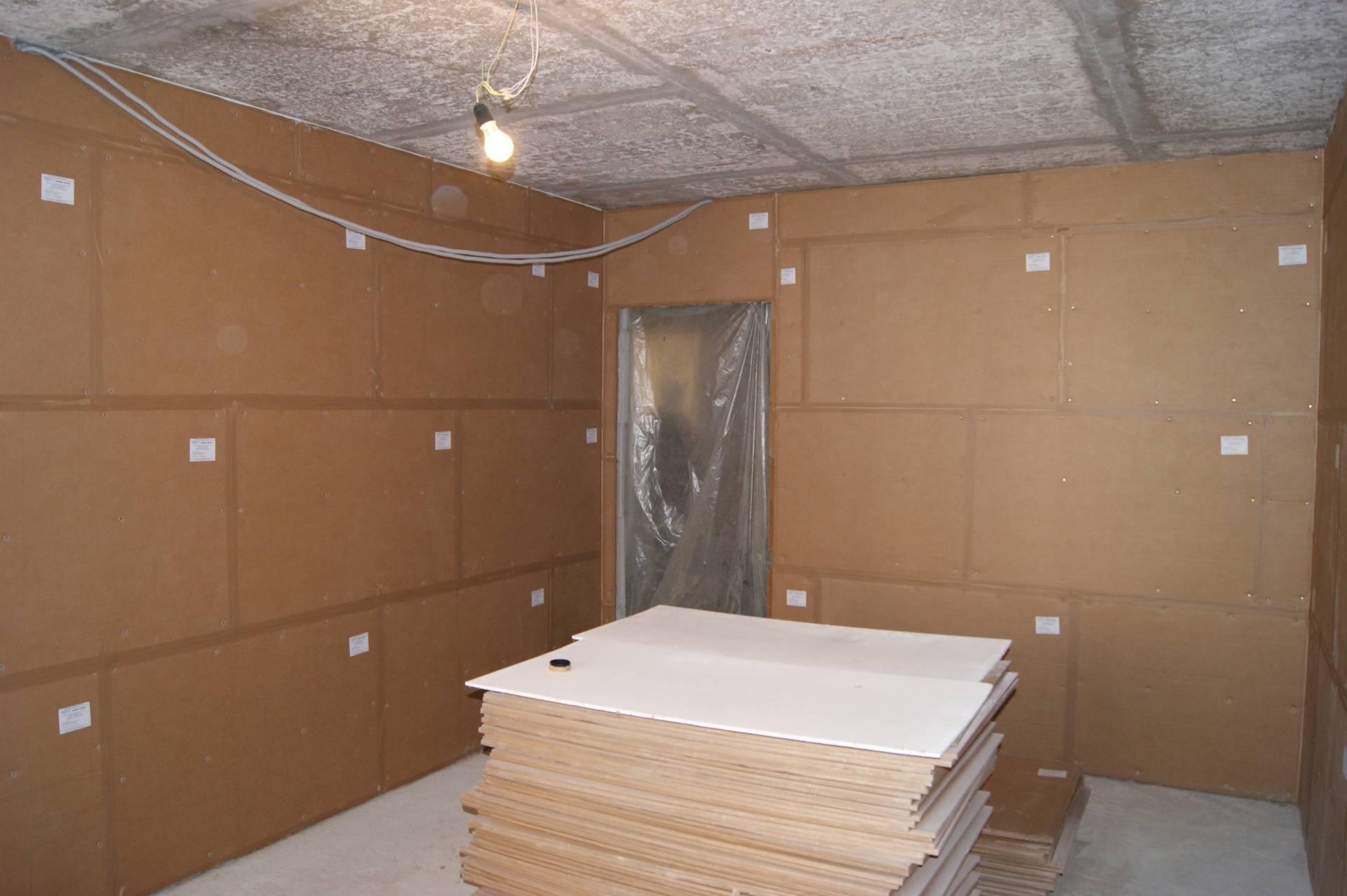 Шумоизоляция стен в квартире своими руками дешево: обзор решений