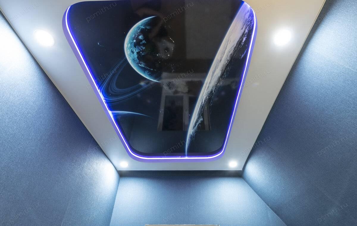 Прозрачный натяжной потолок с подсветкой: фото со светодиодной, цена и монтаж