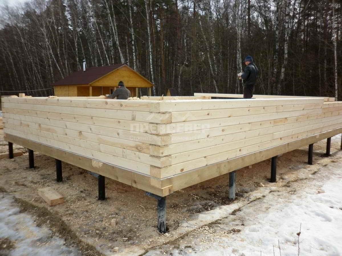 Свайный фундамент под дом из бруса: устройство и порядок строительства