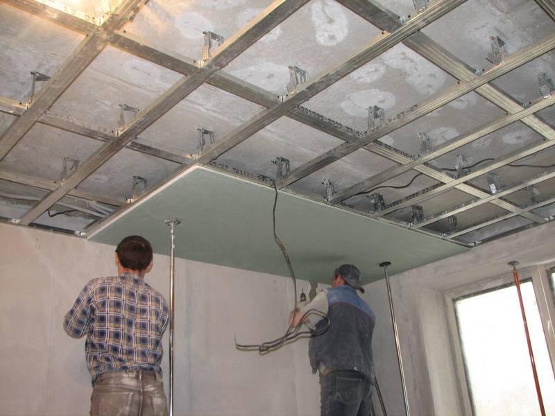 Какой потолок лучше: натяжной или из гипсокартона, что дешевле, экологичнее, легче в монтаже