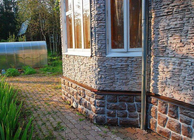 Отделка дома снаружи фасадными панелями под камень: фото отделка дома снаружи фасадными панелями под камень: фото