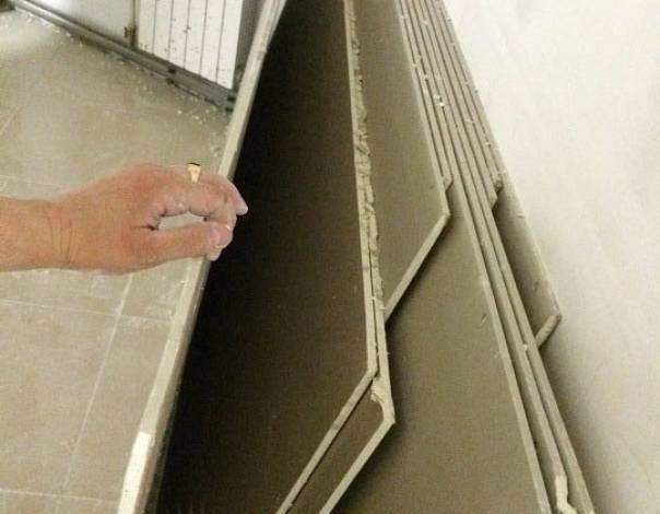 Демонтаж подвесного потолка из гипсокартона