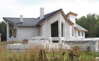 Плюсы и минусы дома из газобетона — отзывы владельцев, преимущества и недостатки, проблемы газобетонных домов + фото