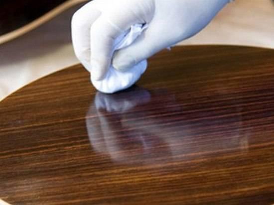 Уход за полированной мебелью в домашних условиях: правила и рекомендации