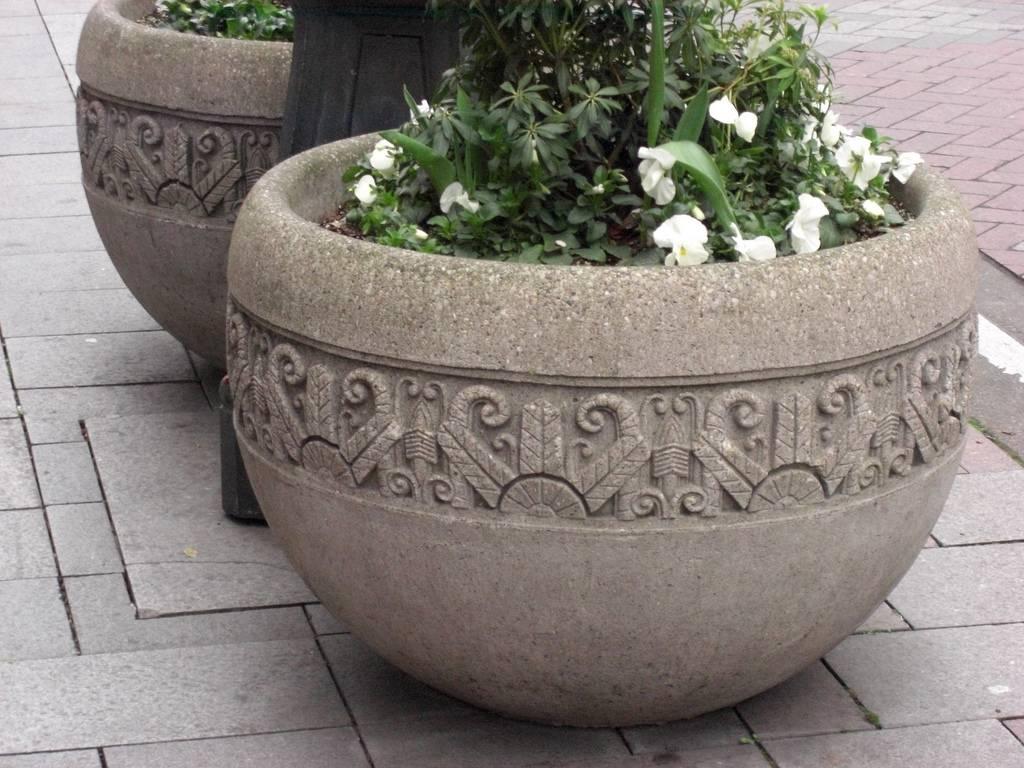 Как сделать вазоны для цветов уличные бетонные своими руками + фото и видео