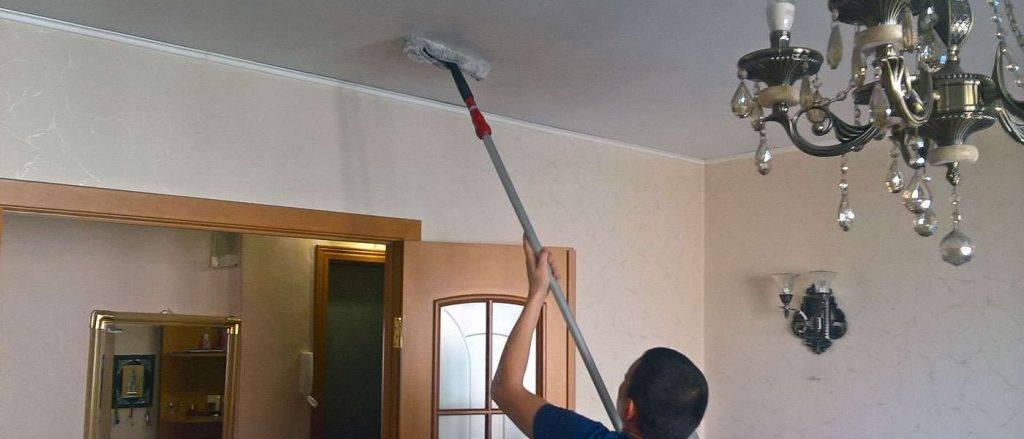 Уход за натяжными потолками: топ средств для глянцевого и матового