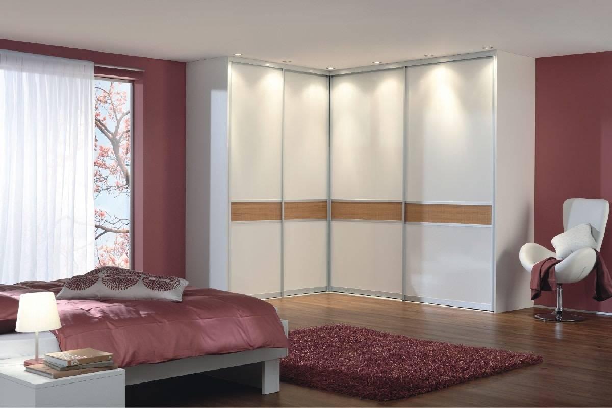 Наполнение шкафа-купе в спальню (49 фото): внутреннее наполнение угловых шкафов, дизайн и особенности расположения модулей внутри встроенных шкафов размером 2-3 метра