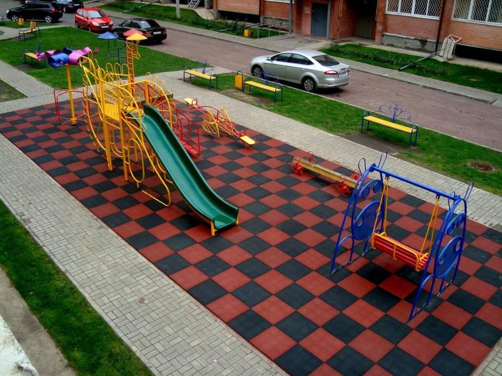 Резиновое покрытие для детских площадок для дачи вместо асфальта