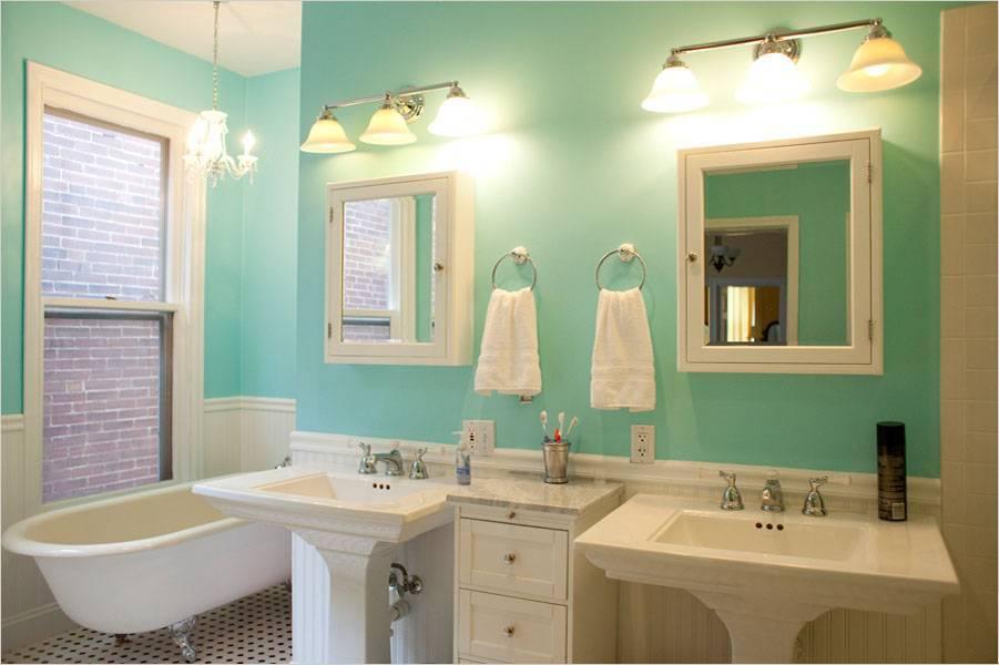 Чем можно покрасить потолок в ванной комнате: выбор состава