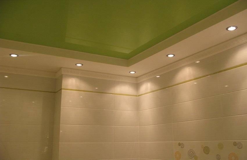 Советы по расположению лампочек на натяжных потолках в зале