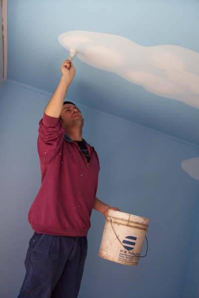 Покраска стен в ванной своими руками - подготовка, пошаговая инструкция, как покрасить стены,чем покрасить ванную комнату,идеи, ванна под покраску,окраска,какой краской, покрашенные стены , водоэмульсионной краской, дизайн.