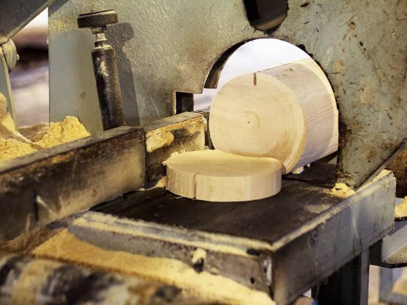 Производство оцилиндрованного бревна и его изготовление