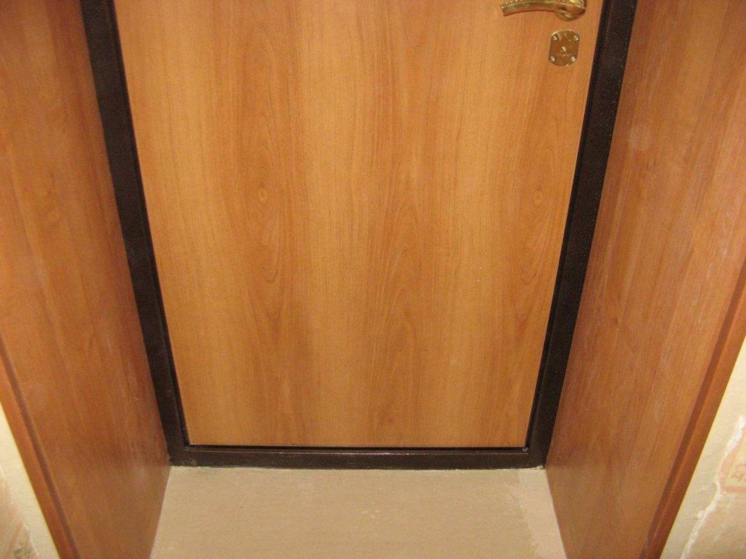 Дверные откосы из мдф для межкомнатных и входных дверей, как установить, чем приклеить, видео