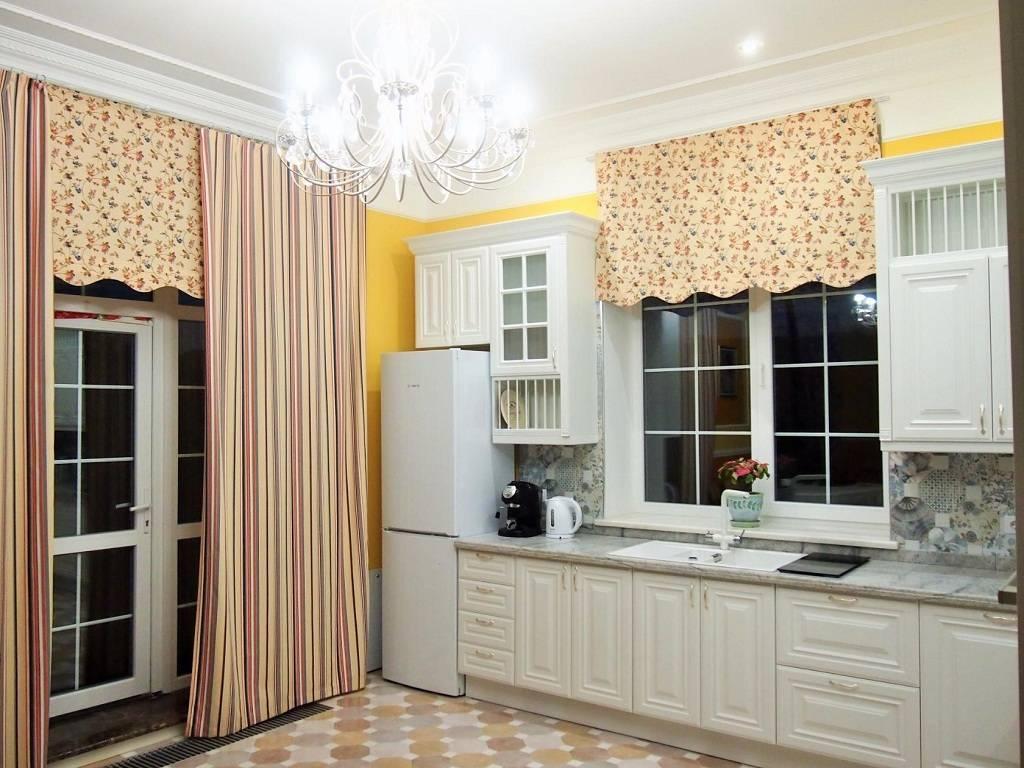 Советы по оформлению окна на кухне