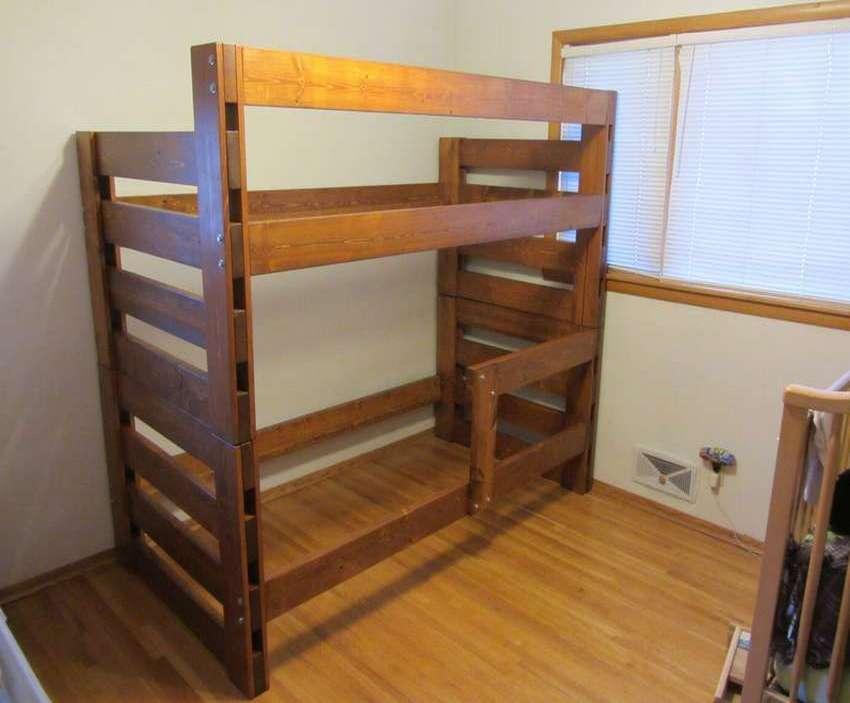 Как изготовить двухъярусную детскую кровать своими руками?