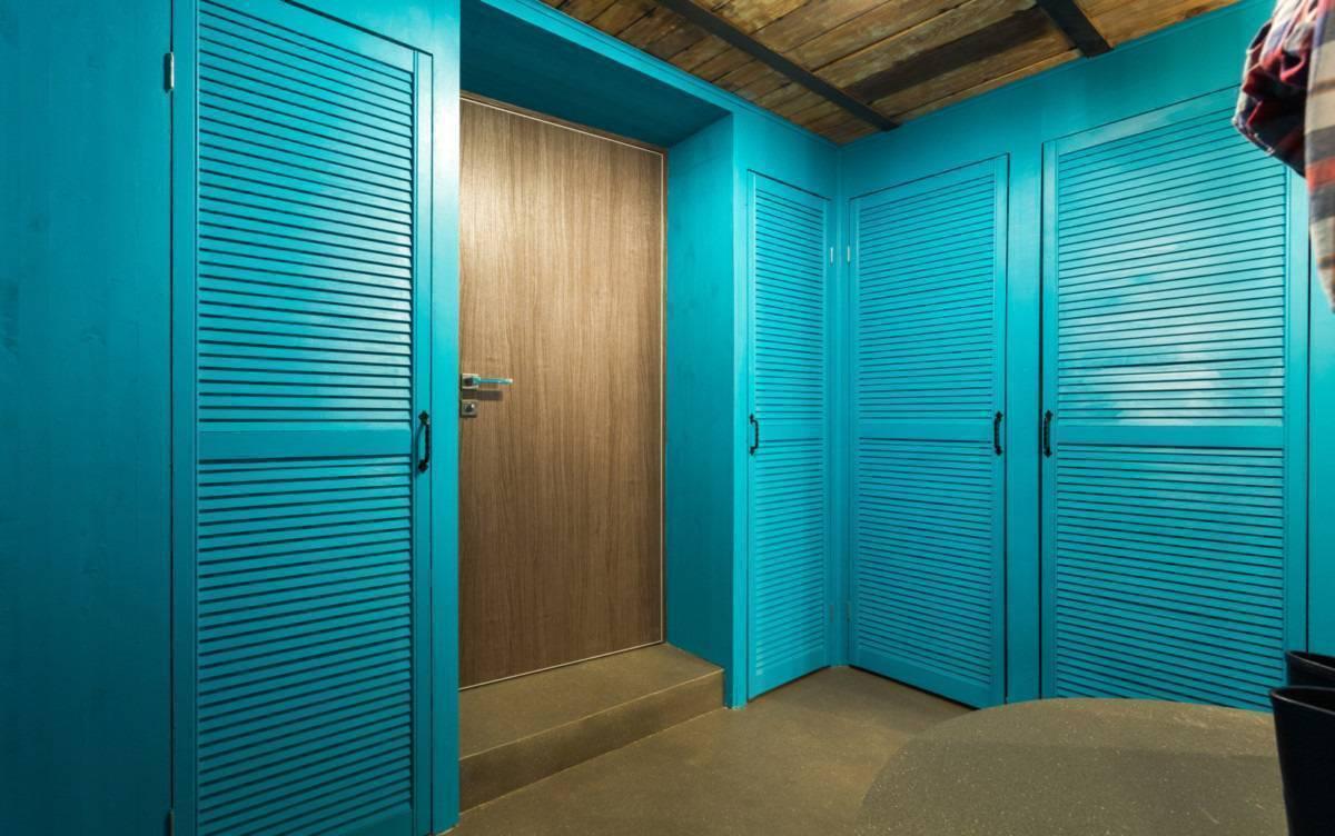 ➤ двери-жалюзи: деревянные, пластиковые, металлические | мы строители ✔1