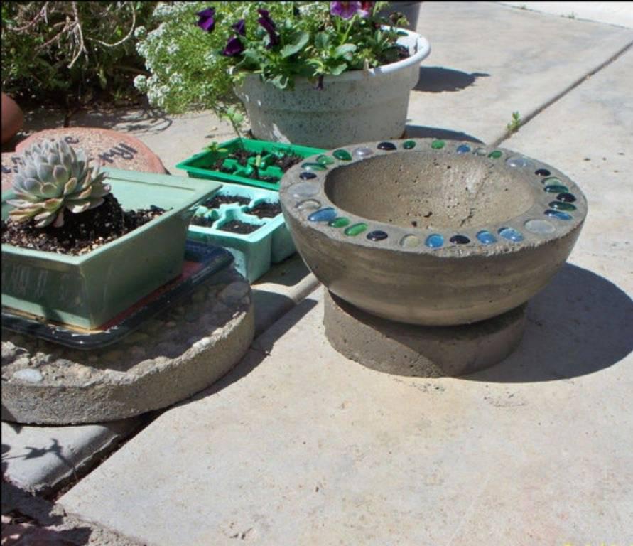 Создание вазонов из бетона: рассматриваем главное