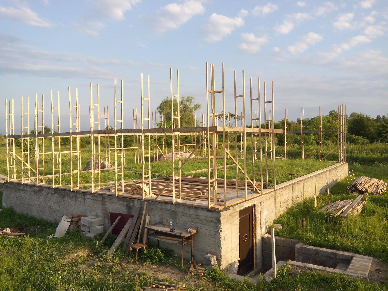 Как построить дом из опилкобетона своими руками: фото и видео