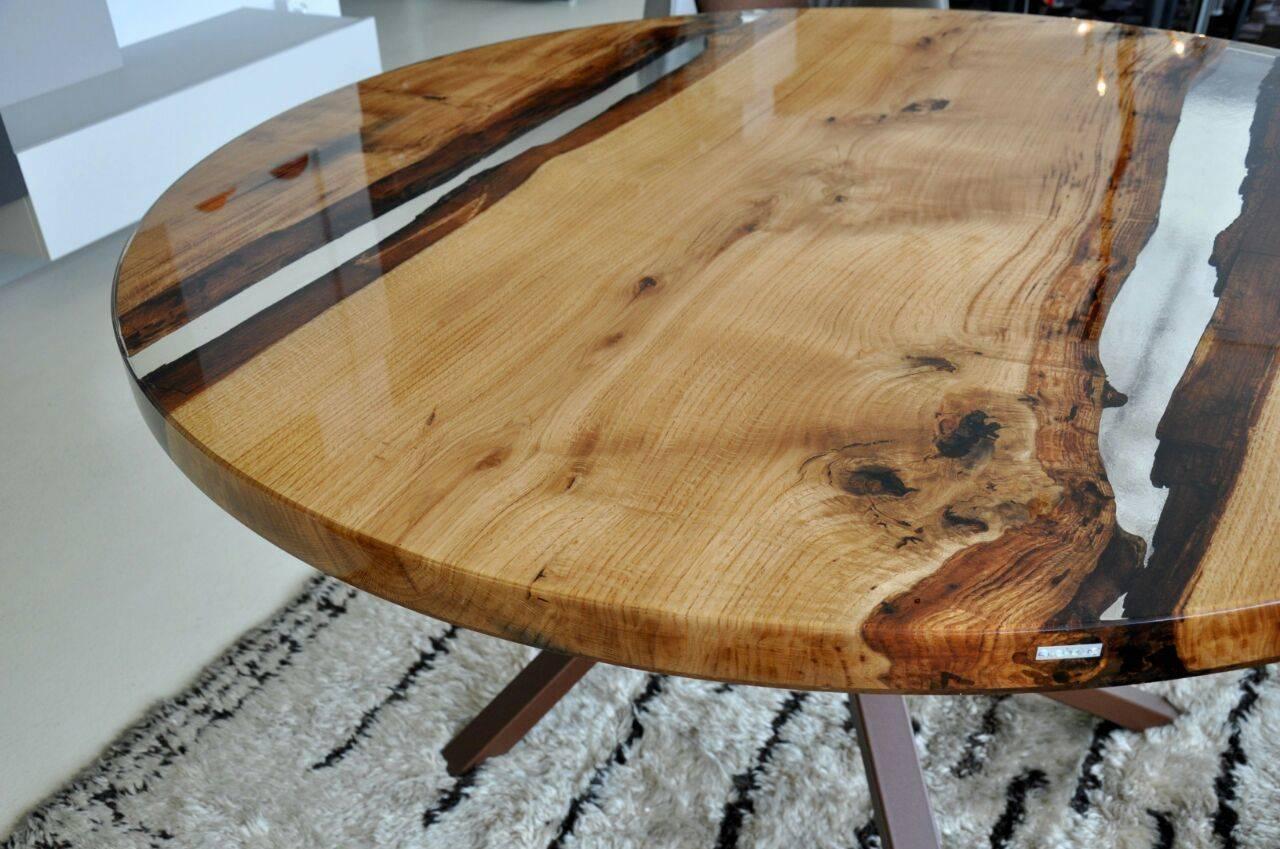Делаем дизайнерский стол из эпоксидной смолы «за три копейки»