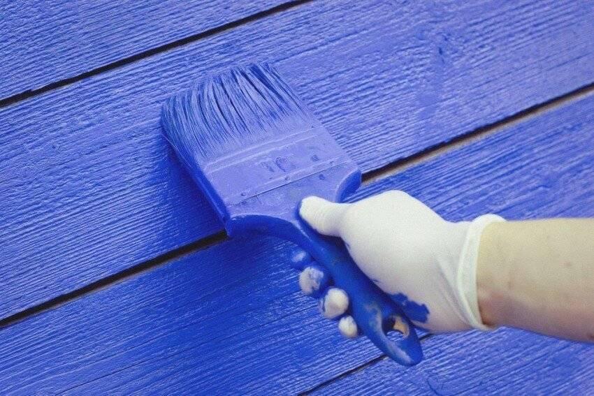 Покраска деревянного дома: чем и как правильно покрасить