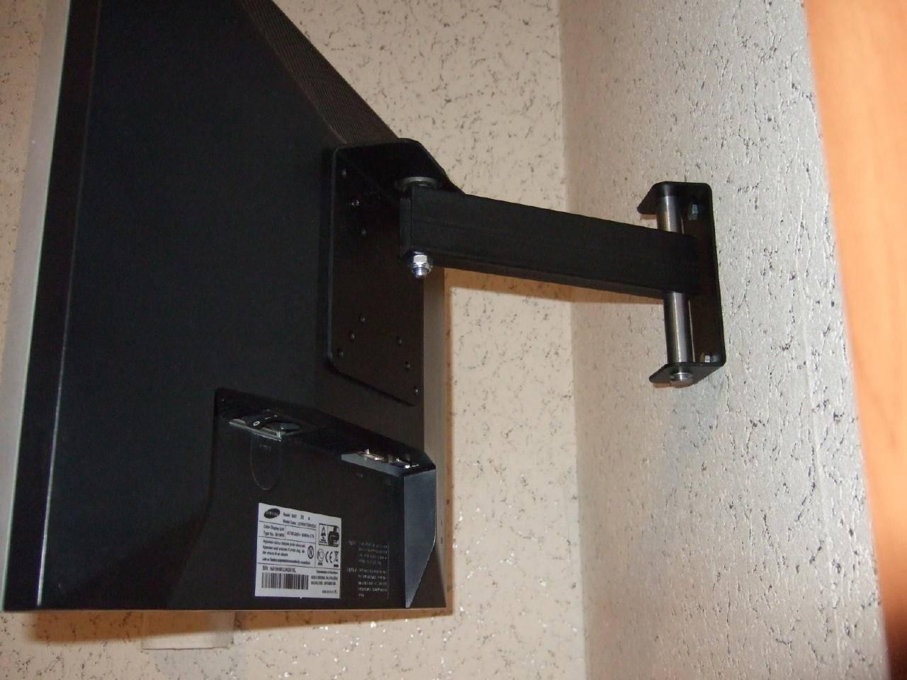 Как повесить телевизор без кронштейна на стену