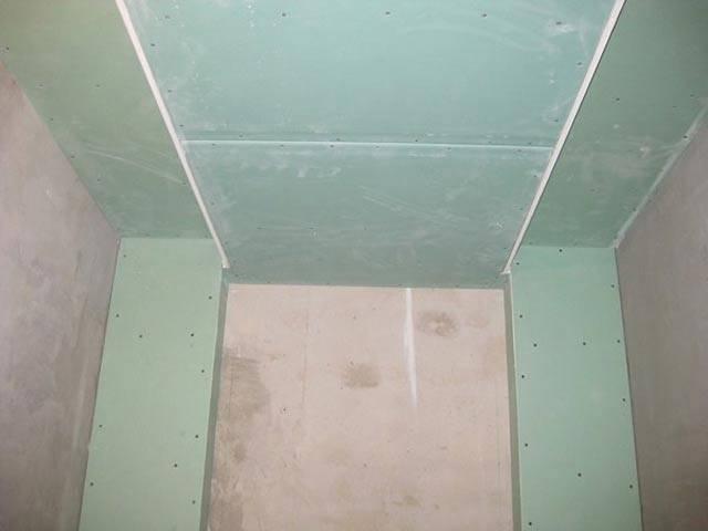 Потолок из гипсокартона в ванной комнате — фото и отзывы
