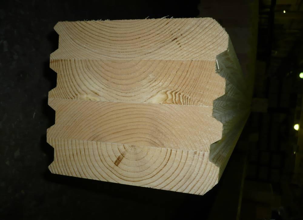 Клеенный брус из лиственницы, кедра и дуба