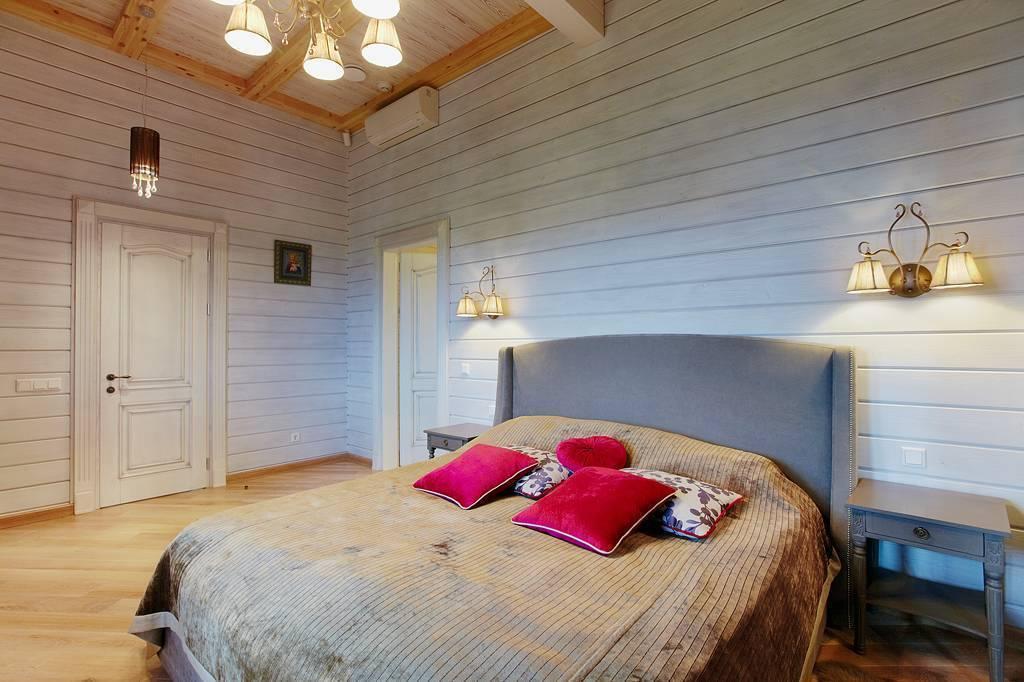 Чем покрасить потолок в квартире: технология покраски