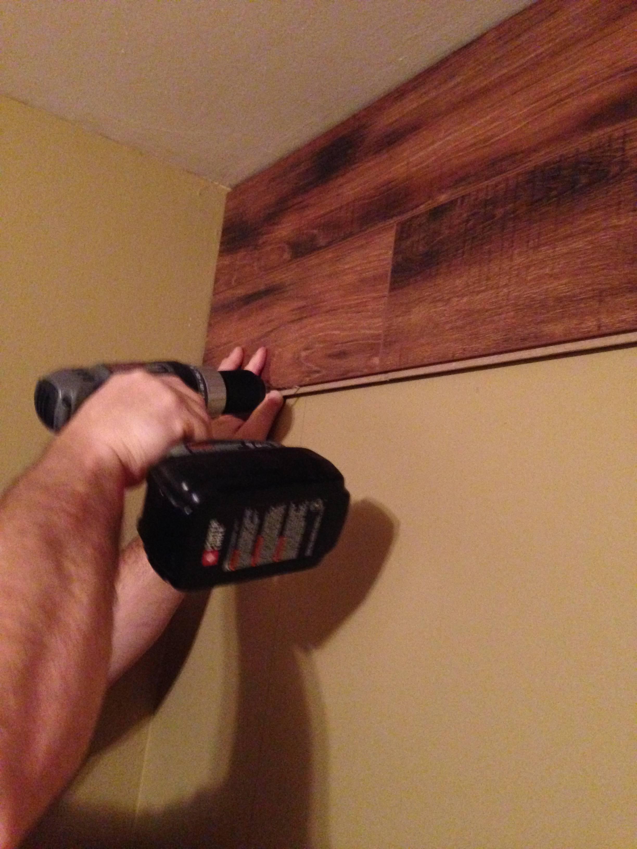 Отделка потолка ламинатом. как крепить ламинат на потолок | строительный блог вити петрова