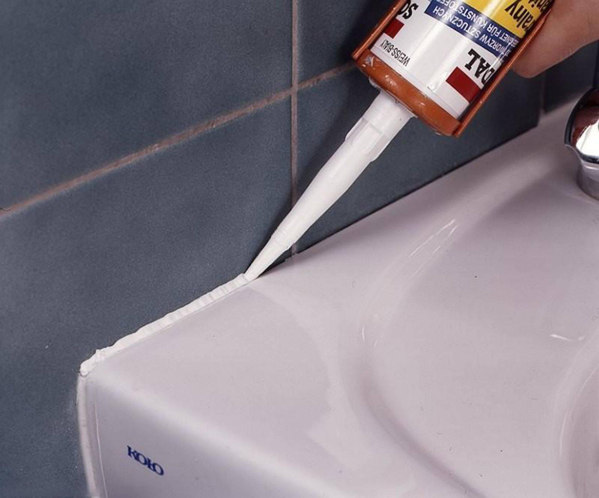 Какой герметик лучше для ванны