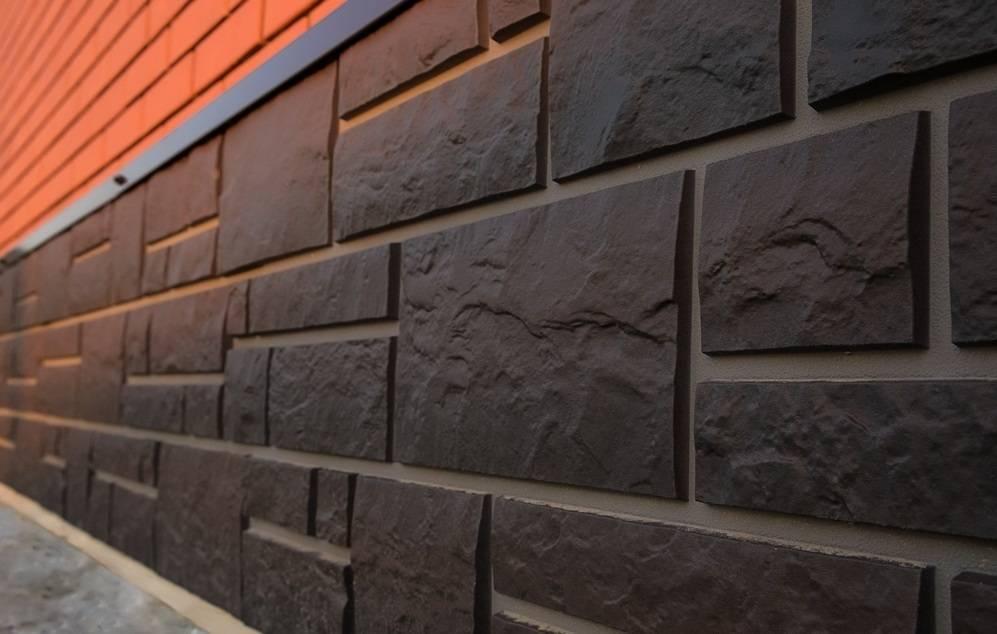 Фасадные панели под камень: виды и особенности