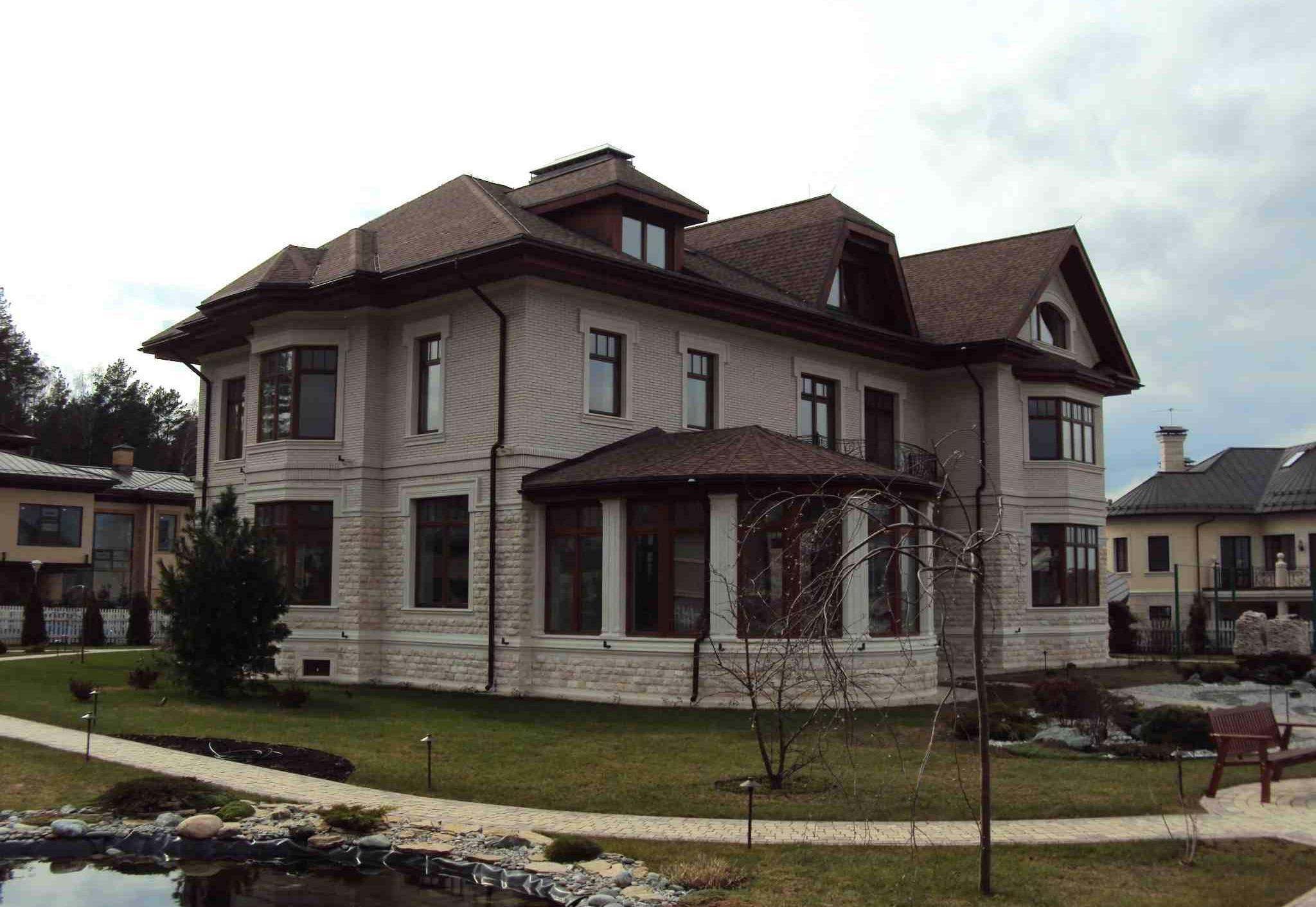 Дизайн гостиной с эркером - интерьер в доме или квартире