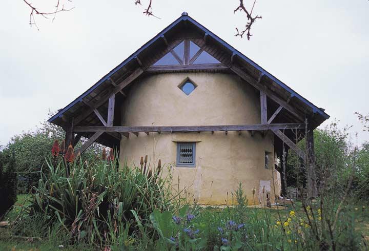 Саманный дом своими руками