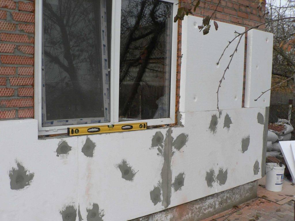 Советы по утеплению фасада пенопластом своими руками