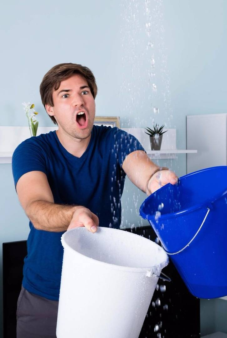 Что делать и как составить акт, если квартиру затопили соседи сверху?