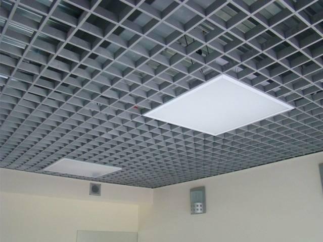 Ячеистый подвесной потолок - проектирование и монтаж - блог о строительстве