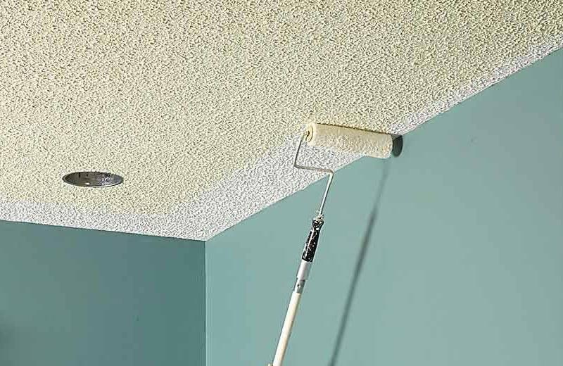 Покраска потолка водоэмульсионной краской: цена за м2, подготовка и сколько стоит