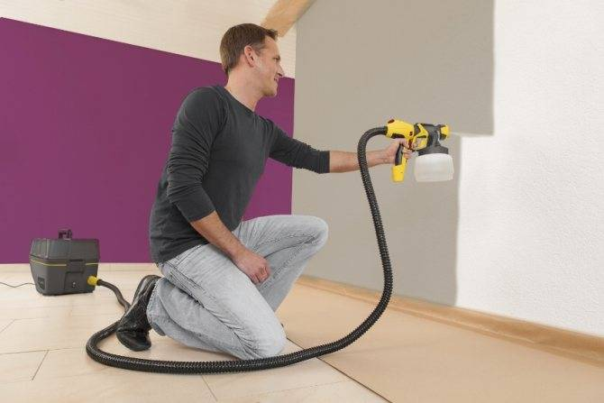 Как выбрать и правильно пользоваться краскопультом для потолка?