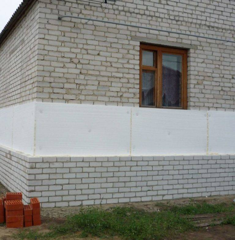 Дом из силикатного кирпича. силикатный кирпич для постройки частного дома