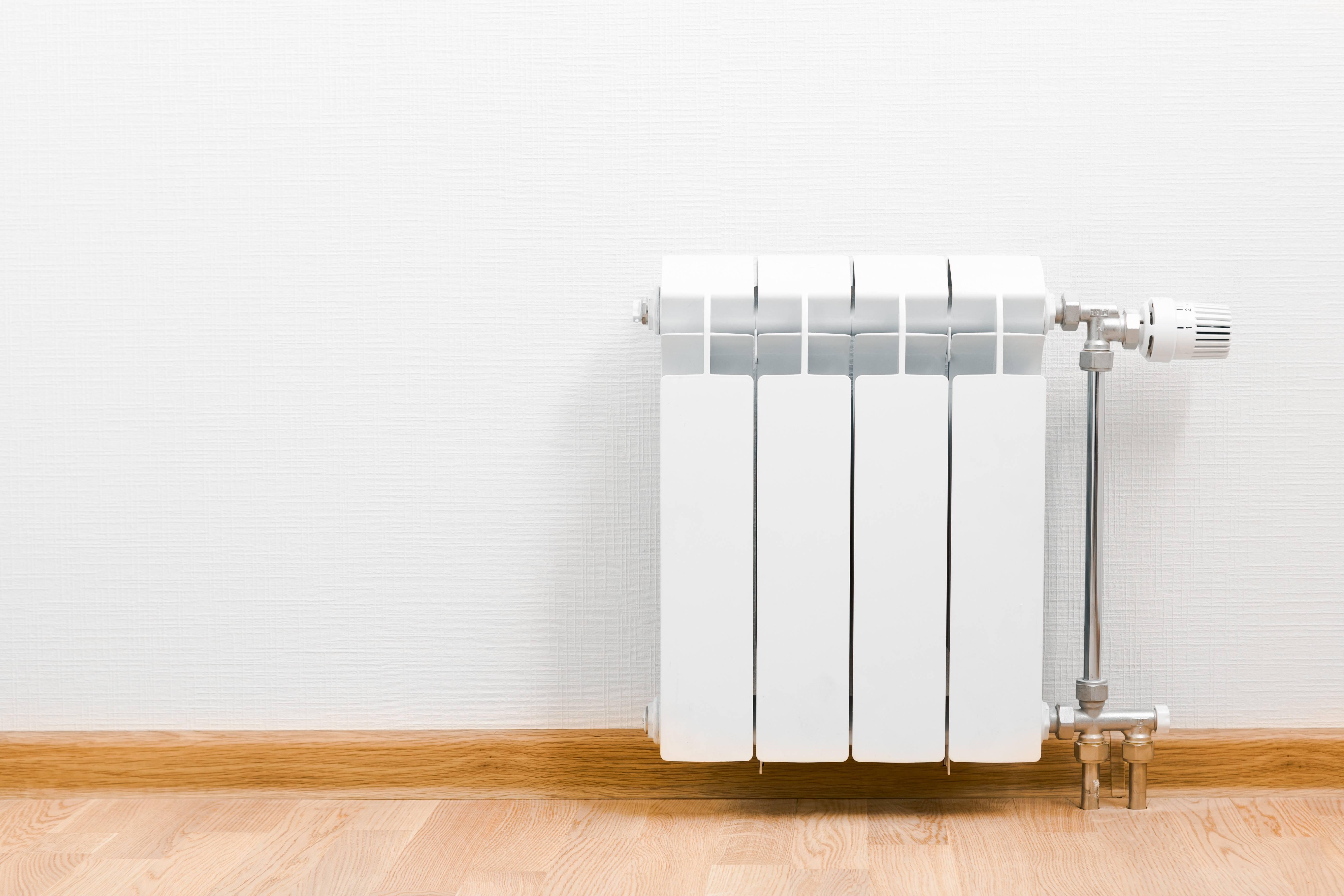 Какой радиатор отопления лучше для квартиры, частного дома
